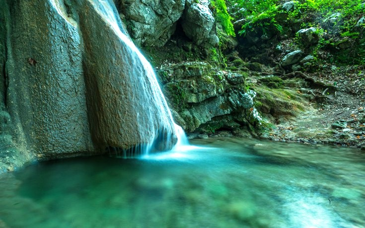 nidri-waterfalls-lefkada